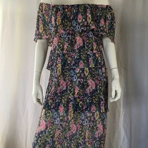 Dresses & Skirts - Vintage 1970 dress